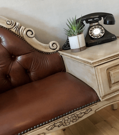 Chesterfield style Telephone Seat